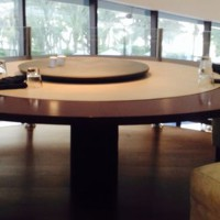 table ronde restaurant 200x200