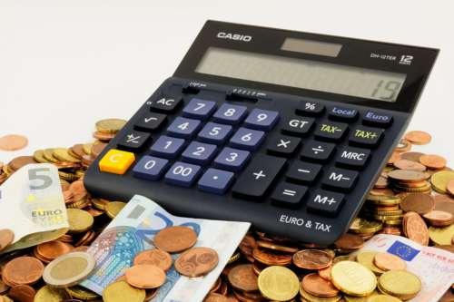Produits financiers accessoires et droit à déduction de la TVA